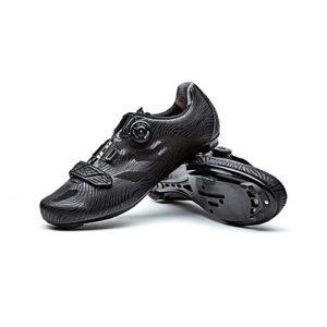 נעלי רכיבה כביש SANTIC